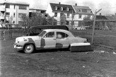 thumbnail_Á-leið-í-sprautun-1961-Medium